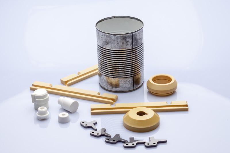 Bauteile aus Hochleistungskeramik im Einsatz der Umformtechnik