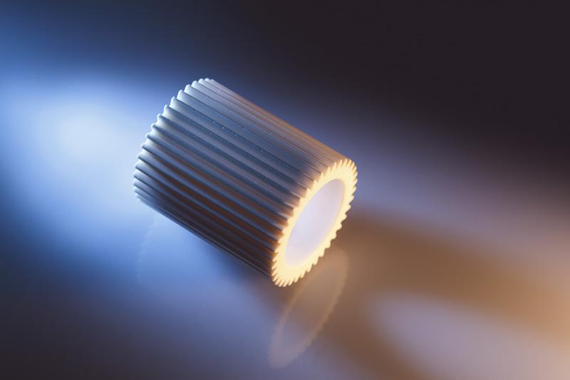 Zahnrad aus technischer Keramik für den Einsatz in der Raumfahrt, Avionik
